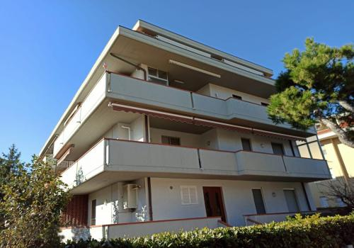 Colleoni Apartment, 82 - three-roomed apartment for 6 people (San Benedetto del Tronto)